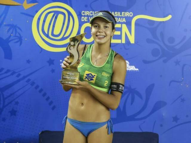 Sul-mato-grossense Victória foi eleita a revelação da temporada (Foto: CBV/Divulgação)