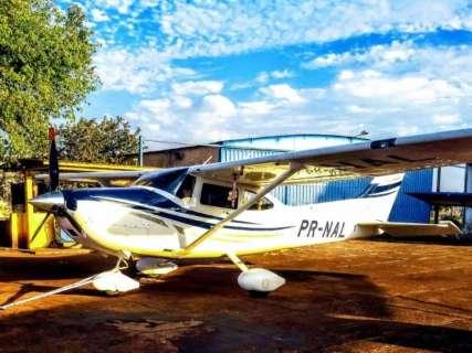 Piloto sequestrado durante roubo de avião é localizado em cidade de MT