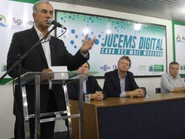 Reinaldo, durante apresentação da Jucems Digital no início do ano; processos passam a tramitar apenas em ambiente virtual no órgão. (Foto: Jucems/Divulgação)
