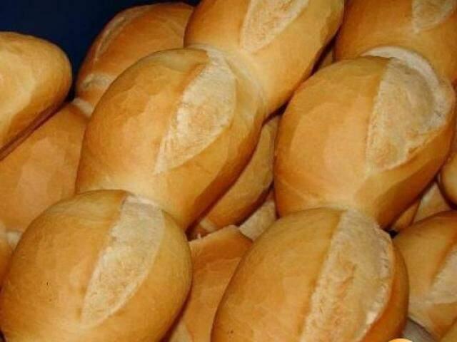 Pães saindo do forno: alimento teve variação de 112,28% (Foto: arquivo/Campo Grande News)