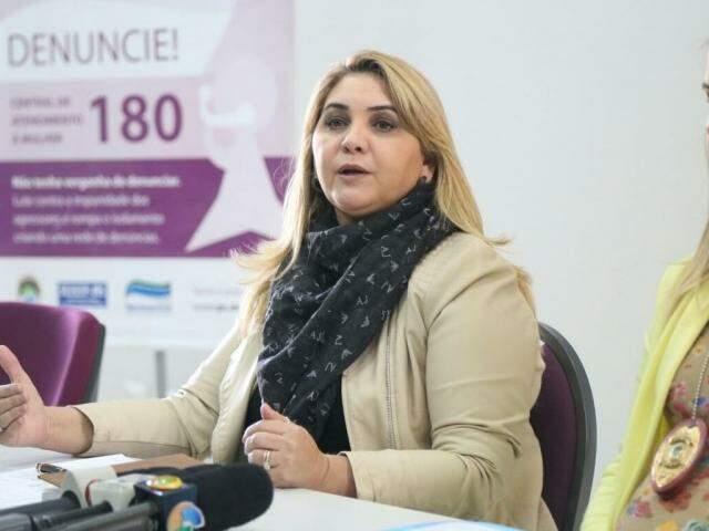 Delegada titular da Deam, Rozely Molina (Foto: Fernando Antunes)