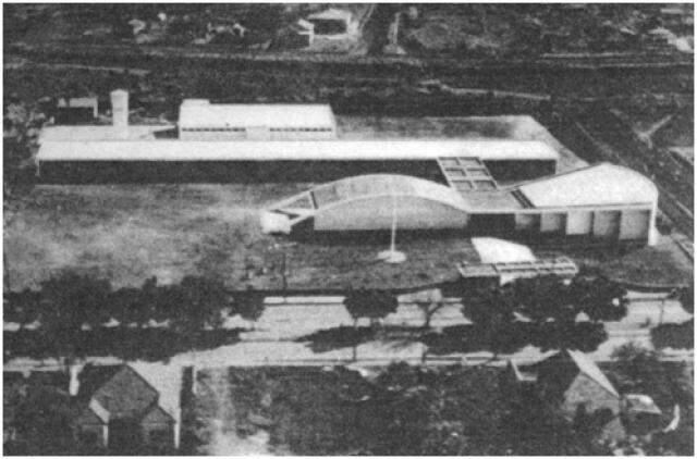Vista aérea do Colégio Estadual em 1960