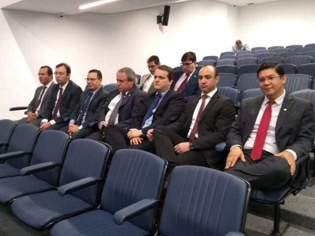 Representantes da cúpula do Ministério Público acompanhando votação