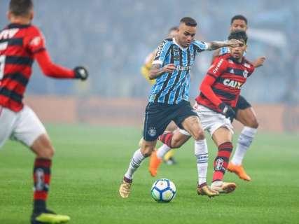 Grêmio sai na frente mas Flamengo alcança 1 a 1 nos momentos finais