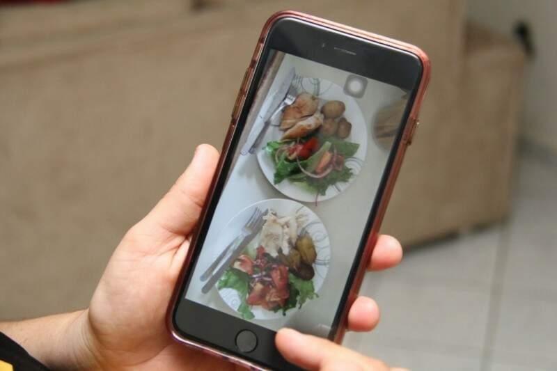 Até mesmo receitas de dietas e os pratos que estão comendo no dia, eles compartilham. (Foto: Alan Nantes)