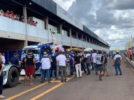 Paulo Salustiano vence a segunda corrida da Copa Truck na Capital