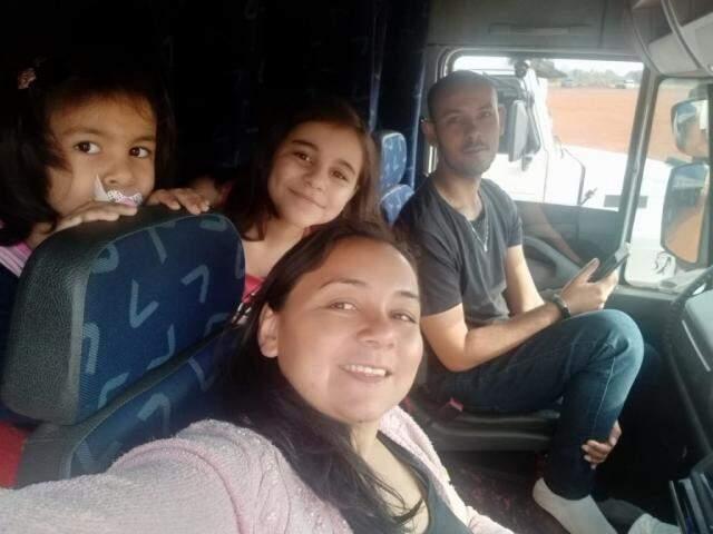 Família viajando junta. (Foto: Arquivo Pessoal)