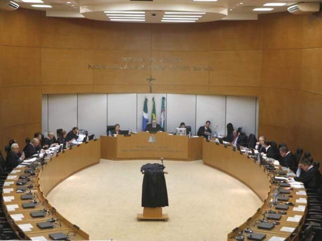 Decisão do Órgão Especial pelo arquivamento de denúncia contra Paulo Siufi se deu por unanimidade. (Foto: TJMS/Divulgação)