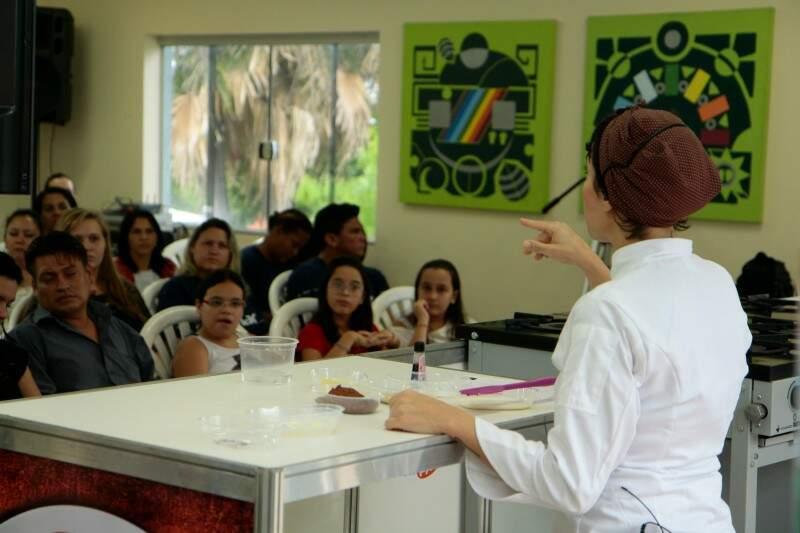Cupcakes também foram tema de uma das oficinas (Foto: Cleber Gellio)