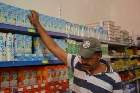 Preço do litro de leite acumula já alta de 12,34% e deve continuar subindo