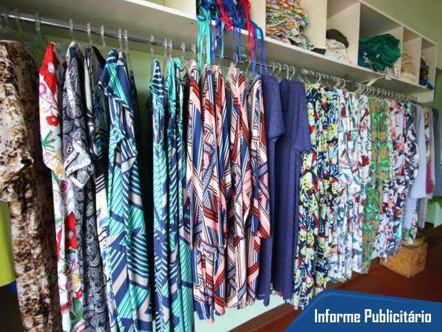 Marca tem muitas chemises, em diferentes estampas. (Foto: André Bittar)