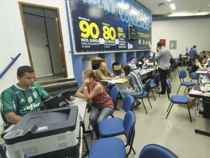 Contribuintes têm até às 16h para negociar 85% de desconto em dívidas
