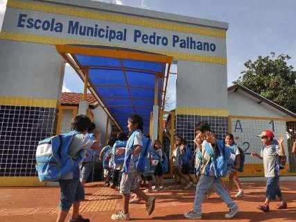 Matrícula em escolas municipais segue até dia 13 e vagas saem dia 21