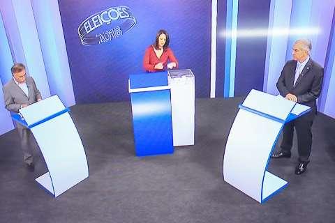 Último debate tem clima acirrado e citações de candidatos a Bolsonaro