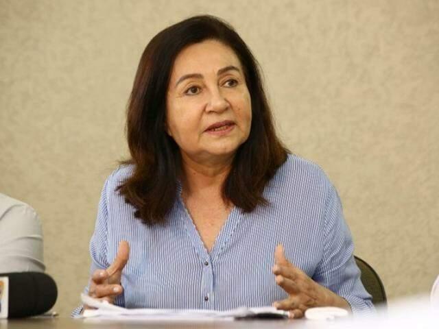 Délia Razuk terá de demitir contratados e comissionados que ocupam vagas puras na educação (Foto: Arquivo)