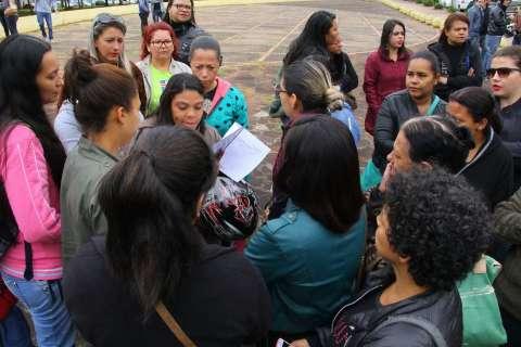 Após protesto, contratados da Omep e Seleta conseguem reunião com Bernal