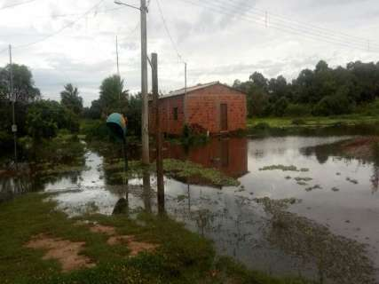 Mesmo sem chuva, Miranda continua em alerta para nível do rio