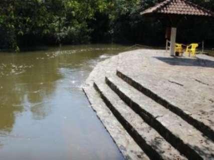 Rio Formoso transborda com volume de chuva e interdita atrações turísticas