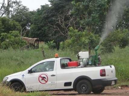 Fumacê contra o mosquito da dengue percorre oito bairros nesta tarde