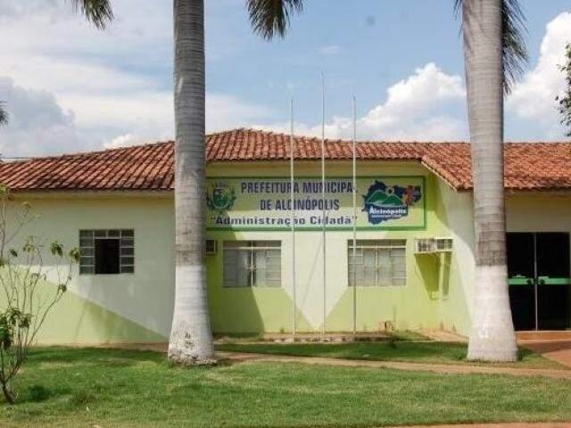 Fachada da Prefeitura Municipal de Alcinópolis (Foto: arquivo / Campo Grande News)