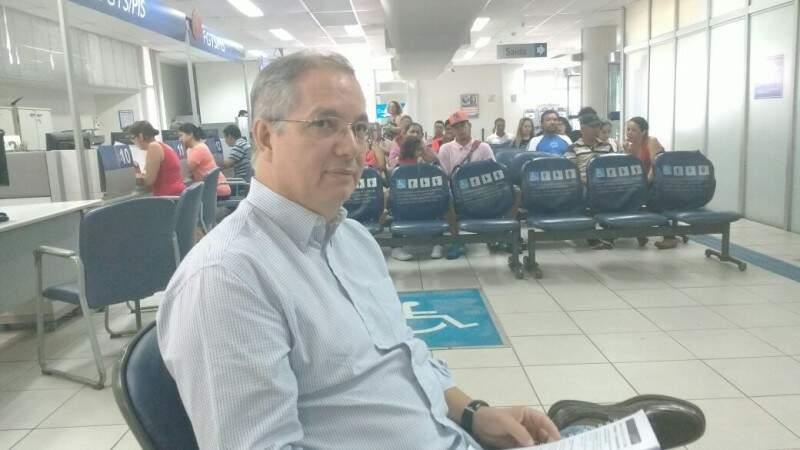 Superintende regional em exercício, Márcio Nunes Fonseca, visita nesta manhã (18) as 10 agências abertas da Caixa. (Foto: Alberto Dias)