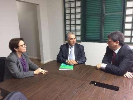Com futura ministra, Reinaldo obtém garantia de recuperação de ferrovia