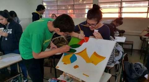 De experimentos científicos a aulas de MasterChef nas escolas de tempo integral