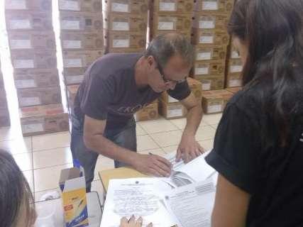 Urnas eletrônicas começam a ser entregues para votações de domingo