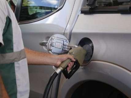 Gasolina terá aumento de 3,5% e diesel 4,2%, anuncia Petrobras