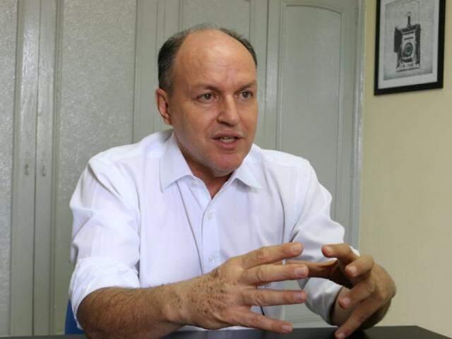 Mochi pretende conciliar mandato na Assembleia com a campanha ao governo do Estado. (Fotos: Henrique Kawaminami)