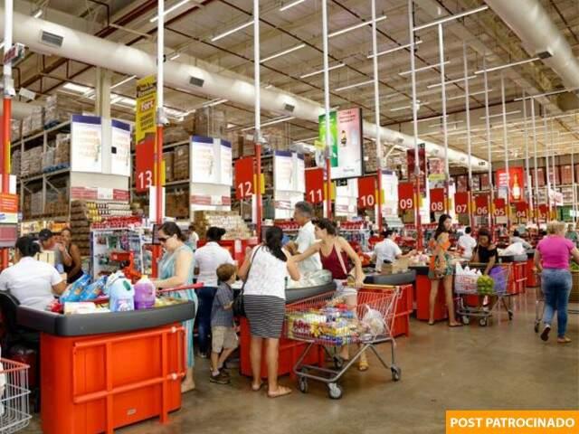 Fort Atacadista tem 7 lojas em Campo Grande. (Foto: Kisie Ainoã)