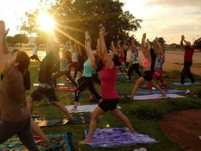 Aulão de yoga acontece no sábado. (Foto: Divulgação)