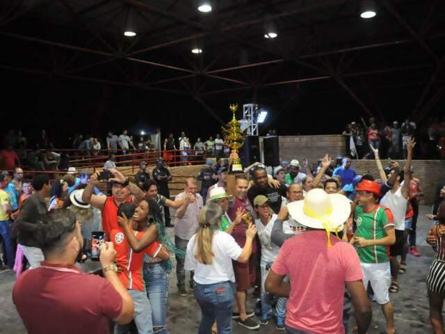Desfile das escolas de samba acontece nos dias 4 e 5 de março na Capital