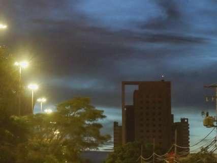 Terça-feira será de céu nublado, fresco e com chuva no Estado