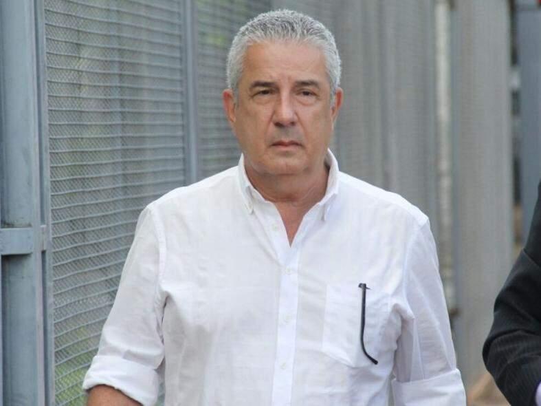 João Amorim ao chegar à sede da PF (Foto: Marcos Ermínio)