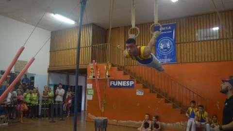 Ginasta campo-grandense tenta vaga no time do Brasil para os Jogos da Juventude