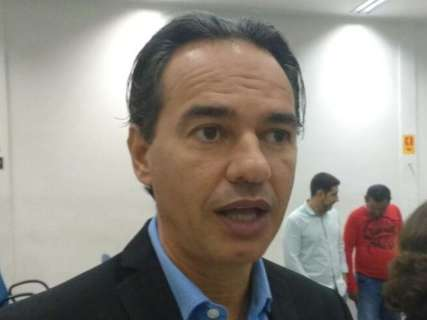 Prefeitura ainda precisa demitir 2,5 mil de convênios irregulares, diz prefeito
