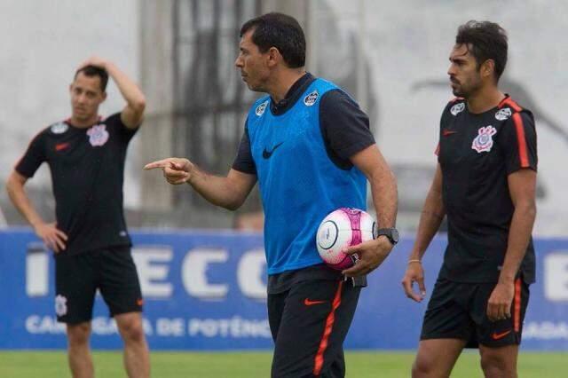 Técnico Fábio Carille comanda último treino antes da partida contra o Red Bull Brasil (Corinthians/Divulgação)