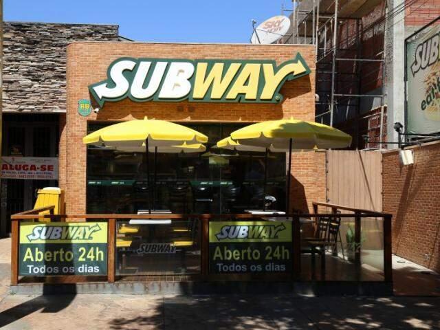 Quatro lojas da Subway ficam abertas 24 horas durante toda a semana (Foto: Fernando Antunes)
