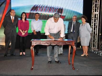 Lançamento de obras do Aquário do Pantanal reúne 2 mil pessoas nos altos da Afonso Pena