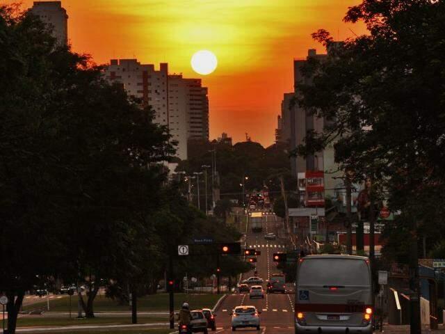 Temperatura para o Estado na sexta-feira deve ser de 39º C (Foto: Marcos Ermínio)