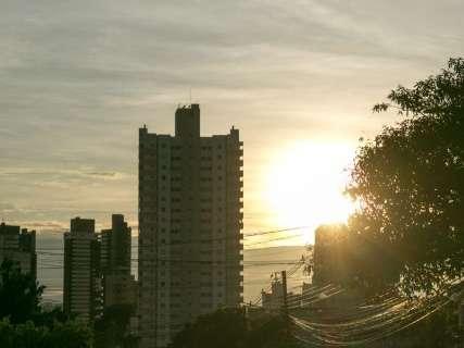 Inmet prevê terça-feira com predomínio de sol e muito calor em MS