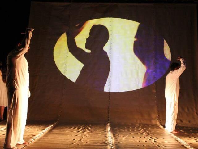 """A peça """"O Guardião"""" tem 45 minutos de duração (Foto: Helton Perez e Dionédson Cândido)"""