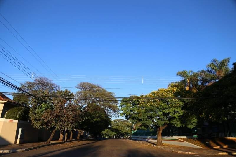A máxima prevista para Campo Grande é de 29ºC e não deve chover nesta quarta-feira (21). (Foto: Fernando Antunes)