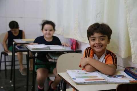 Sob nova direção, colégio começa semestre com mensalidade 50% menor