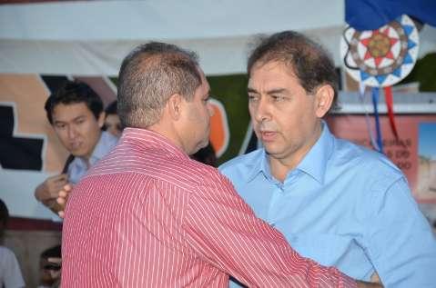 Bernal tenta tirar mérito de presidente da Câmara em obra de asfalto