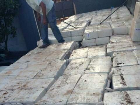 A droga totalizou 15,2 toneladas (Foto: PRF)