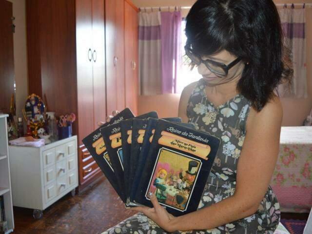 Primeiros livros lidos por Elisângela (Foto: Wendy Tonhati)