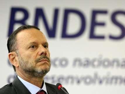 Negócios com Bumlai leva a bloqueio de bens de diretores do BNDES