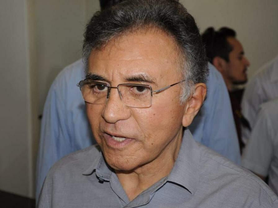 Odilon de Oliveira, do PDT, candidato ao governo, durante entrevista em evento do partido. (Foto: Paulo Francis/Arquivo).